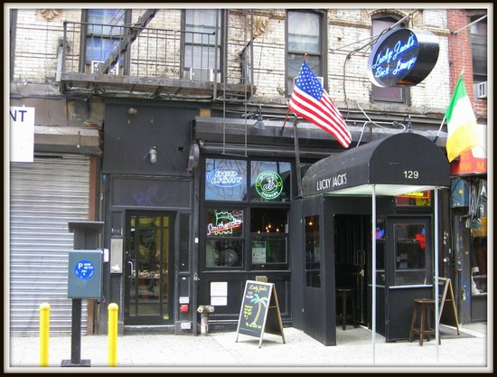 Lucky Jack's: Exterior - Front