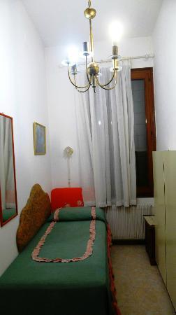 Alloggi alla Scala: inside the room