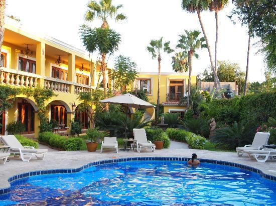 El Encanto Inn & Suites Boutique Hotel: Heaven or Paradise?