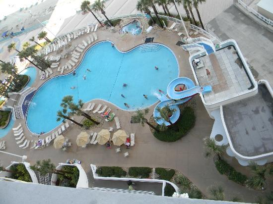 Wyndham Ocean Walk: Pools