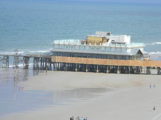 Wyndham Ocean Walk: Ocean walk pier