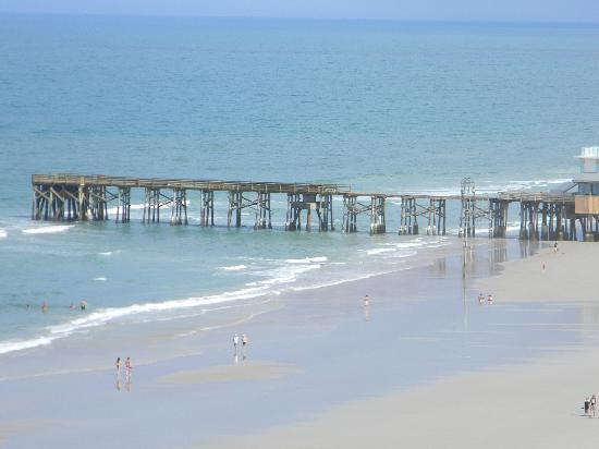 Wyndham Ocean Walk: Pier