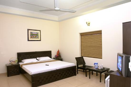 Taj Home Stay: Deluxe double room