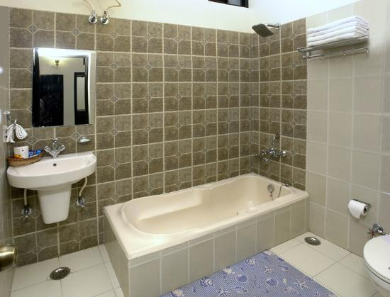 Taj Home Stay: Attached bath