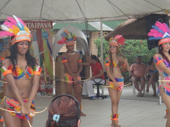 Praia de Paripueira: Grupo Lambashow