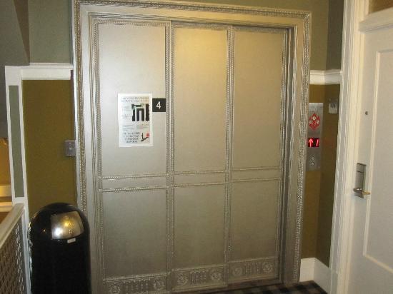 The Mosser: elevator