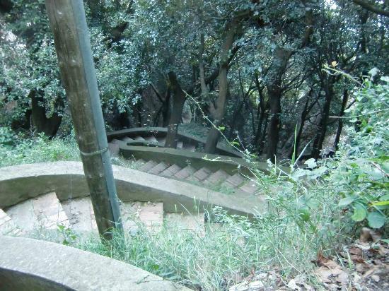 Grotta di Matromania : Treppenweg zur Grotte di Matromania
