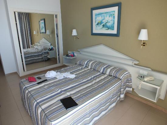 4R Salou Park Resort I: Room