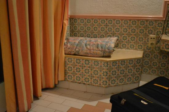 Le Marabout Hotel: room