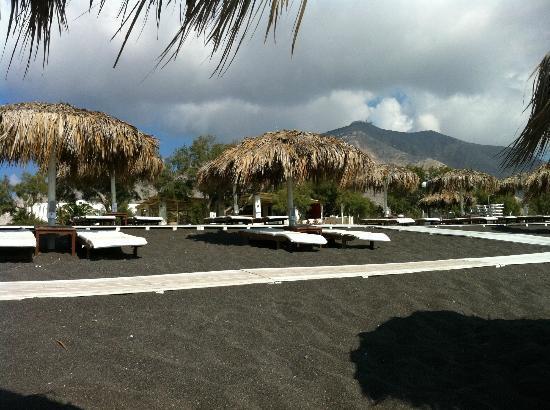 Atlantis Beach Villa: beachen