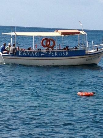 Atlantis Beach Villa: Mysig tur med båttur till Kamir