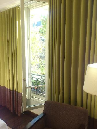 Hotel Elysees Regencia Paris : Deluxe Room view