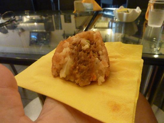 Antica Pasticceria Salamone: Arancino 