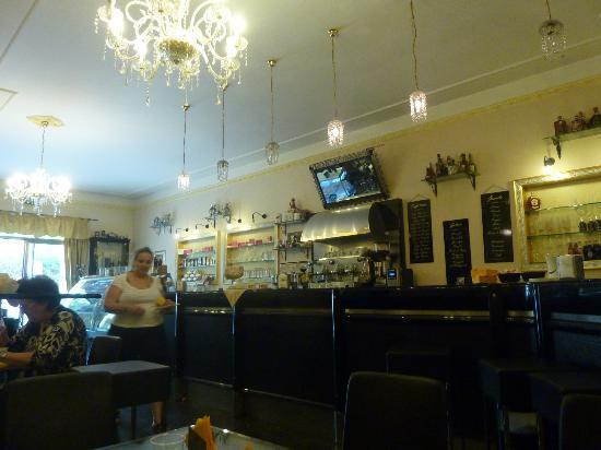 Antica Pasticceria Salamone: Locale