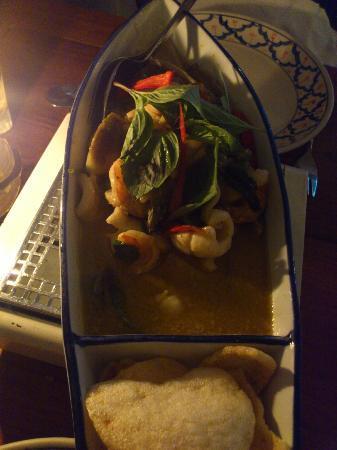 Erawan : Mixed seafood in green curry