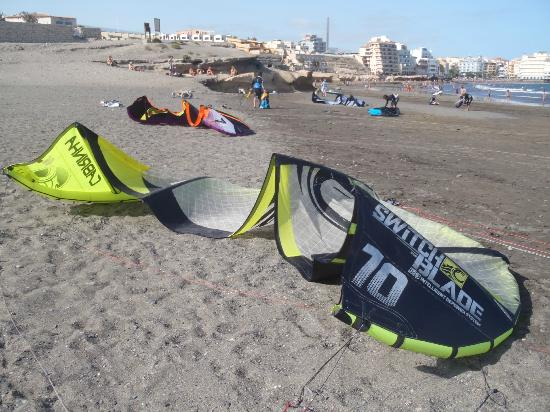 Hotel Playa Sur Tenerife: On the beach