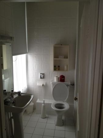 Best Western Royal Hotel : bathroom
