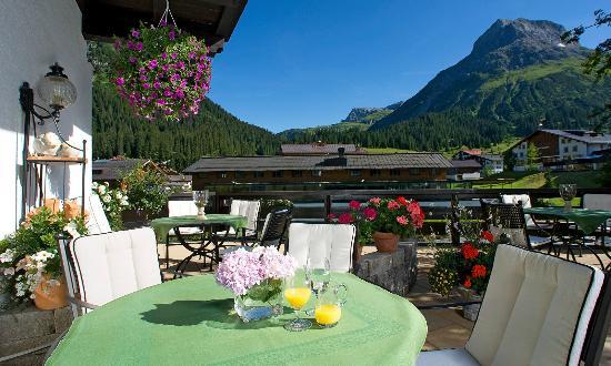 Hotel Haldenhof: Sommerterrasse