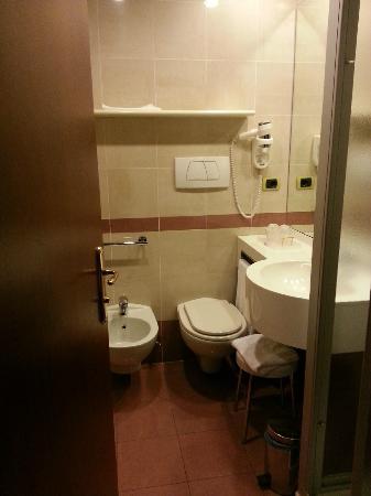 Mokinba Hotel Baviera: bagno della camera doppia