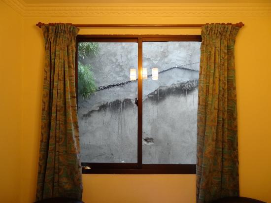 Rama Garden Hotel : Poor view from room