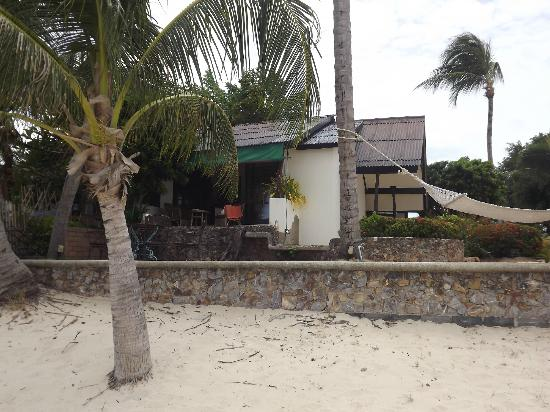 Secret Garden Beach Resort : Beachfront bungalow from the beach.