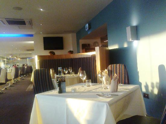 1539 Restaurant & Bar: Interesting interior