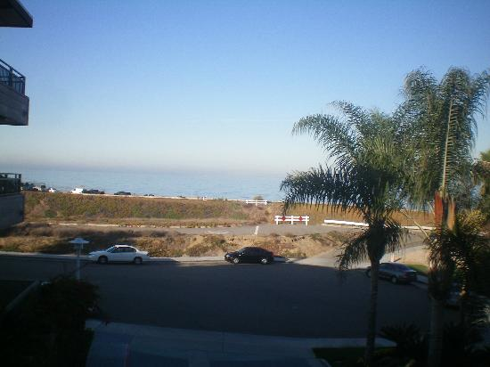 Carlsbad Seapointe Resort: view of ocean from our room