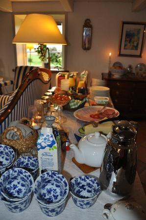 Vindbackagardens Bed and Breakfast: Breakfast
