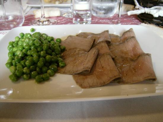 Le Botti di Aspasia: roast beef con piselli