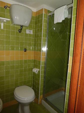 Pagoda Hotel & Residence: semplice, pulito (portate da casa shampoo e bagnodoccia, l'hotel non li fornisce)