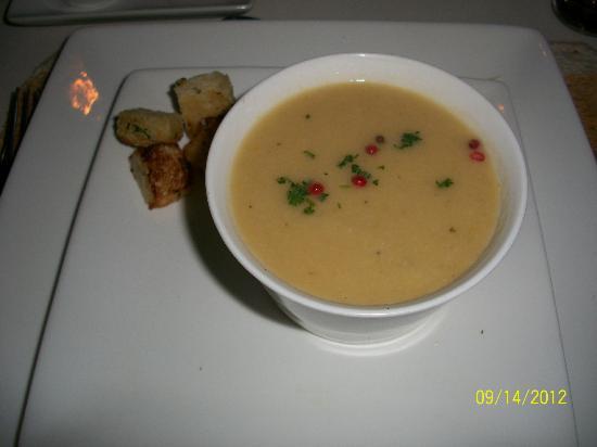 Couleur Cafe: cauliflower soup