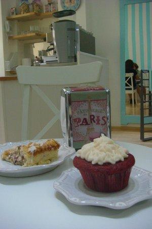 Cake Home: Tarta de frambuesa y almendra y cupcake