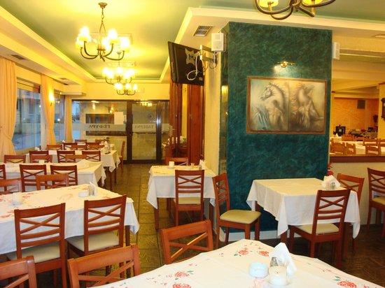Gefira Taverna: gefyra pastida