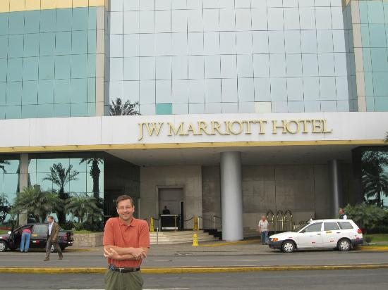 JW Marriott Hotel Lima: Front of Hotel