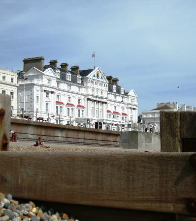 Royal Victoria Hotel: View from the beach