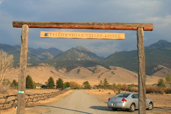 Yellowstone Valley Lodge: Arrival at YVL