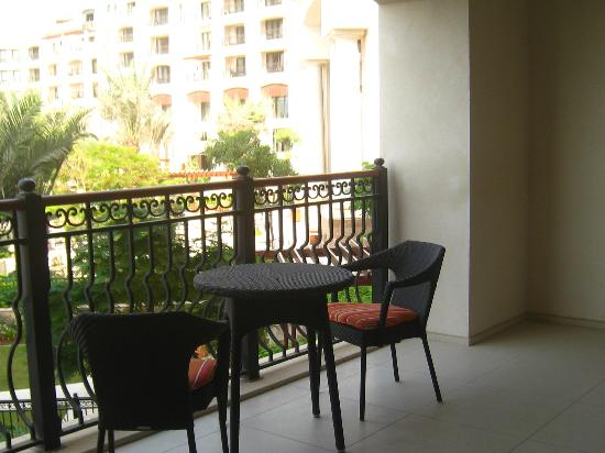 The St. Regis Saadiyat Island Resort : vue de la terrasse