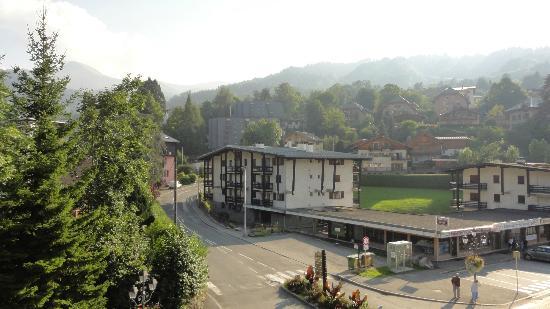 Hotel Liberty Mont Blanc: Vu du balcon de la chambre