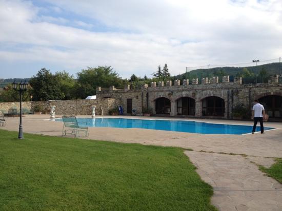 Castello di rezzanello hotel gazzola italia prezzi for Opzioni di raccordo economici