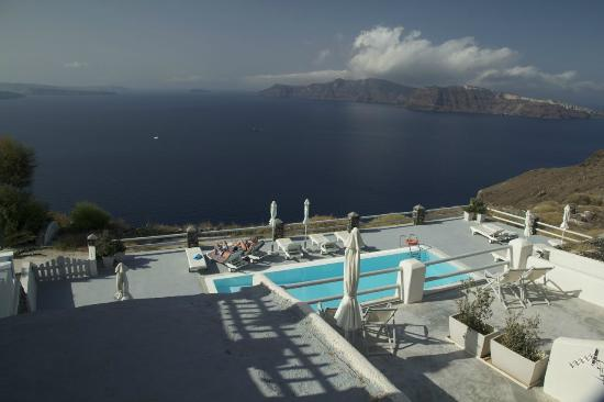 Oia Suites: View from the Romantic suite