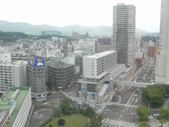 โรงแรมแกรนเวีย ฮิโรชิม่า: 部屋からの眺めです。遠くにマツダスタジアムも見えました。