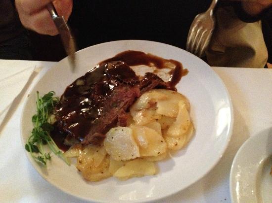 Kallaren Movitz: piatto di carne
