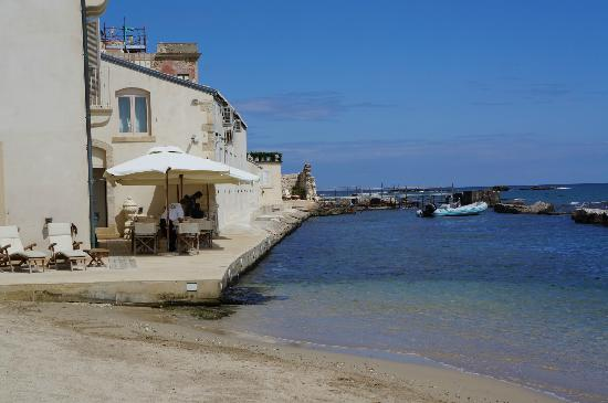 Terrasse with restaurant picture of musciara siracusa for Siracusa beach hotel