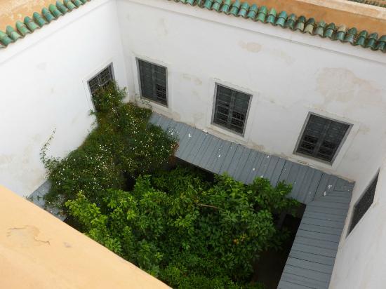Dar Hanane: Cour intérieure depuis la terrasse