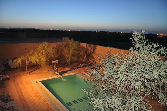Auberge Camping Sahara: Pool