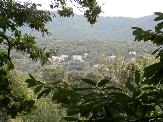 Auberge La Borie : Vue splendide de la terrasse
