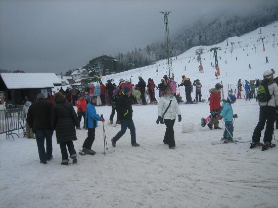 Ramada Resort Kranjska Gora: Dall'Hotel Larix direttamente alle piste da sci