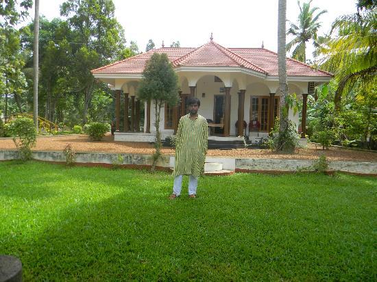 Coconut Creek Farm and Homestay: Barun