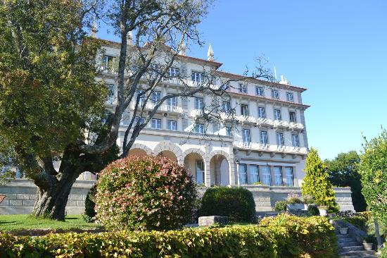 Pousada De Viana Do Castelo Charming Hotel : The front of the hotel