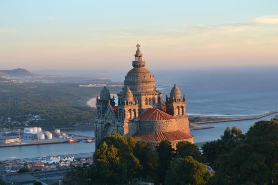 Pousada De Viana Do Castelo Charming Hotel : Sunset on Santa Lucia